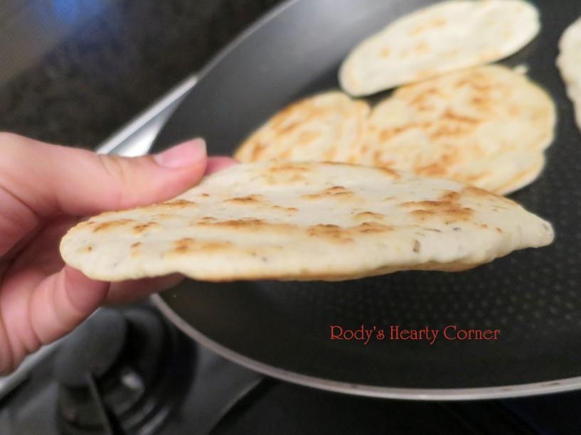 naan bread side (Medium)